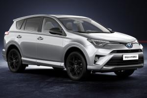 Toyota présente ses modèles hybrides au salon Auto Expo 2018