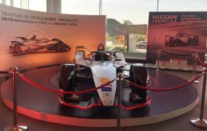 Formule E-La voiture de compétition officielle de Nissan est arrivée au Maroc !