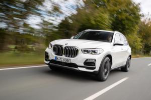 BMW X5 xDrive45e : le SUV hybride rechargeable incroyablement autonome !