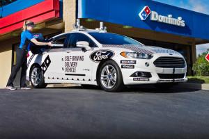 Des pizzas livrees par des vehicules autonomes Ford !